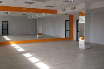 интерьер зала для фитнеса